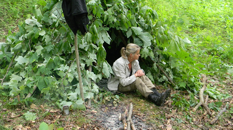 Ma lạc dẫn đường đưa lối khi bị lạc trong rừng